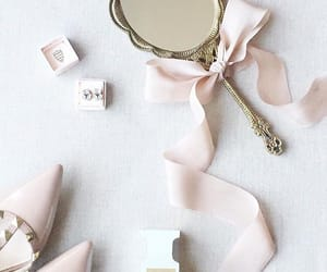 chic, mirror, and pastels image