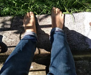 barefoot, feets, and grass image