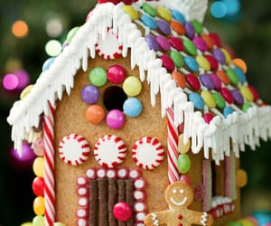 christmas, candy, and gingerbread image