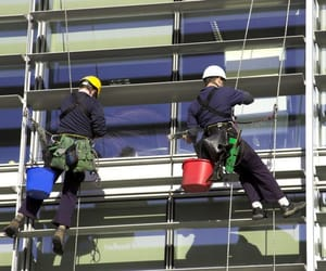 window cleaning kent, gutter cleaning kent, and pressure washing kent image