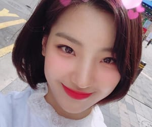 saerom, idol school, and fromis image