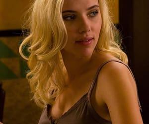 Scarlett Johansson and vicky cristina barcelona image