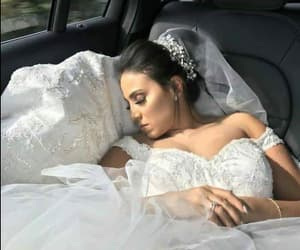 beauty, bridal, and funny image