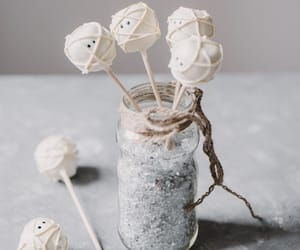 cake pops, dessert, and Halloween image