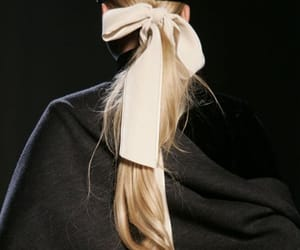 hair, blonde, and runway image