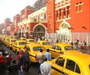 india, taxis, and west bengal image