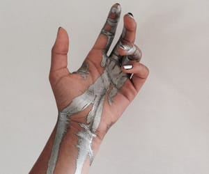 aesthetic, silver, and hand image