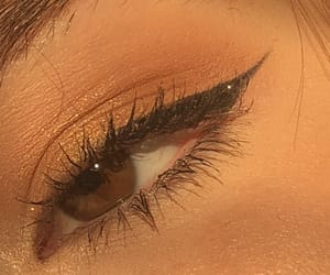 brown eyes, eye, and gold image