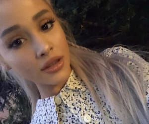 blonde, feed, and ariana grande image