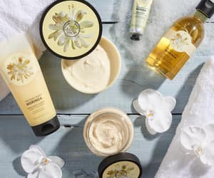 bath, relax, and skin care image