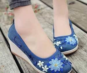 zapatos, belleza, and moda image