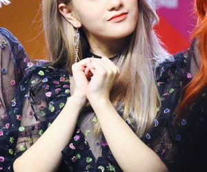 kpop, fromis, and lee seoyeon image