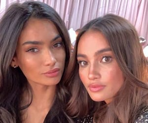 kelly gale and kelsey merritt image
