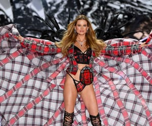 Behati Prinsloo, victorias secret, and vsfs image
