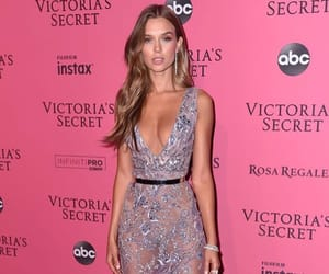 vsfs and josephine skriver image