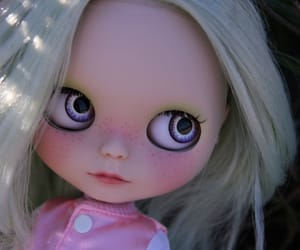 beautiful, boneca, and blythe doll image