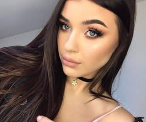 brunette, fashion, and makeup image