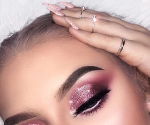 eyes and sparkle image