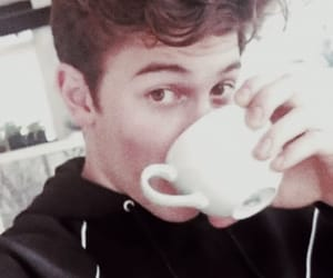 beutiful, sing, and shawn mendes image
