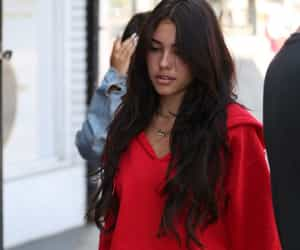 madison beer and fashion image