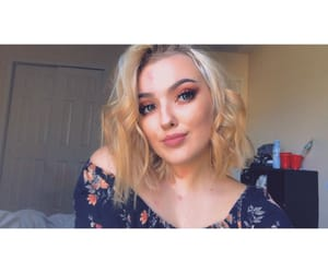 beautiful, blonde hair, and curly hair image