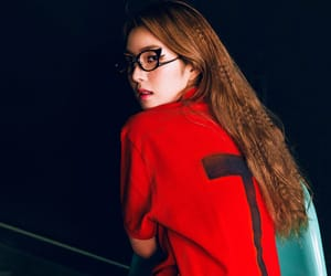 joy, yeri, and red velvet image