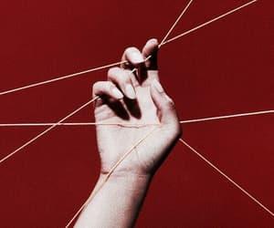 รูปภาพ red, aesthetic, and hand