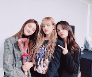 lisa, minnie, and clc image