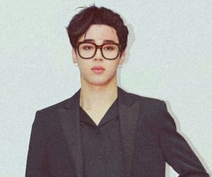 glasses, bangtan sonyeondan, and k-pop image