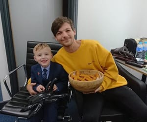 louis tomlinson, one direction, and kid image