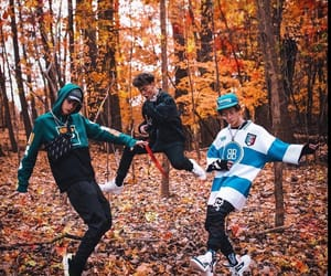 corbyn besson, why dont we, and zach herron image