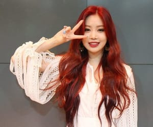 (g)i-dle, kpop, and seo soojin image