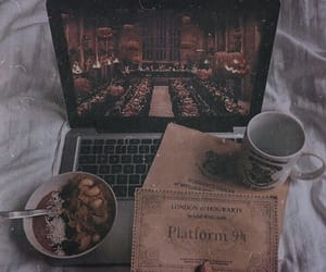 harry potter, home, and Lazy image