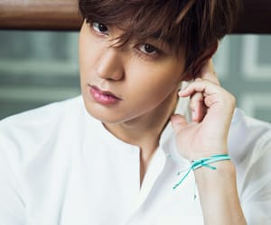handsome, perfect man, and lee min-ho image
