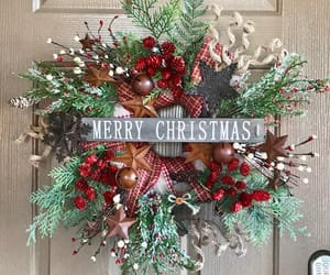 chicken wire, christmas wreath, and holiday wreath image