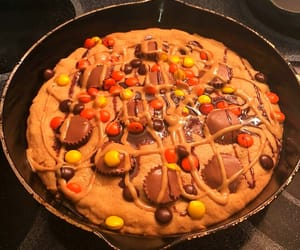 cookie, dessert, and reese's image