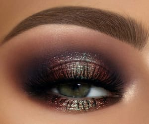 blending, duochrome, and lashes image