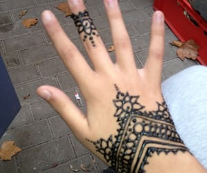 chic, henna, and maghreb image