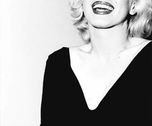 love her, Marilyn Monroe, and she was such a babe image