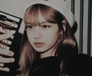 aesthetic, kpop icons, and blackpink lisa image