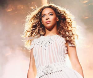 b, mrs carter show, and queenbee image