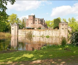 Real Estate and caverswallcastle image