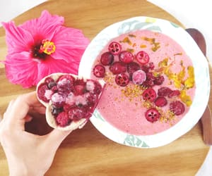 dessert, pink, and yummy image