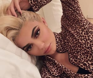 kylie jenner and makeup image