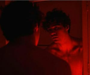 noah centineo and red image