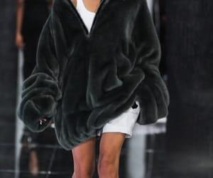 fashion and fenty image