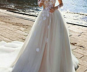 bride, dreams, and dresses image
