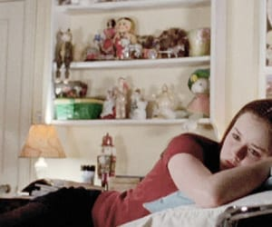 00s, room, and rory gilmore image