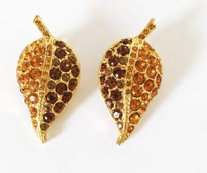 etsy, earrings vintage, and mimisjewelryboutique image