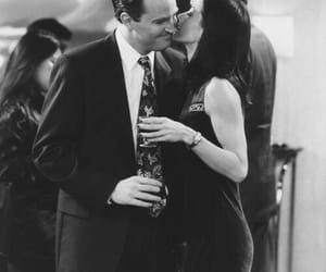 90's, chandler bing, and Courteney Cox image